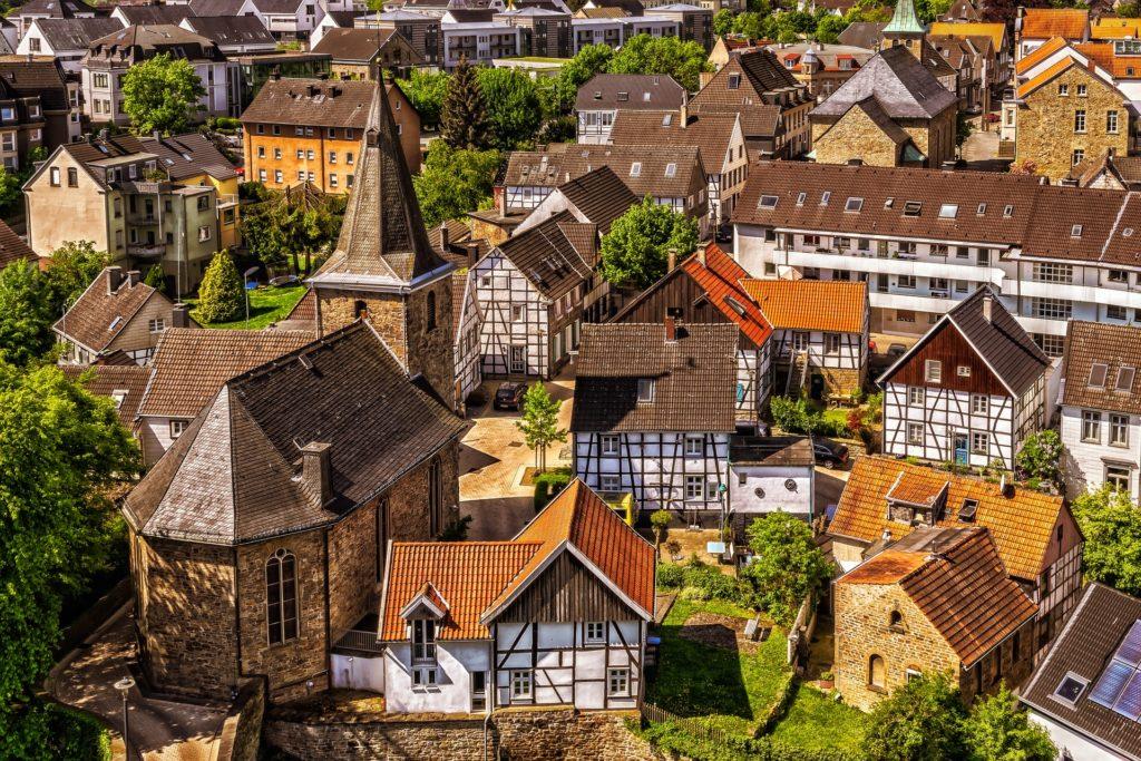 Corona und Immobilien: Auswirkungen auf Ferienimmobilien / Pixabay